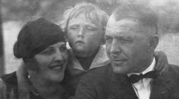 Kazimierz Junosza-Stępowski z rodziną w 1924 roku.